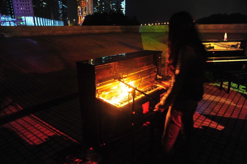 《預置|鋼琴》(相片由澳門城市藝穗2015提供)