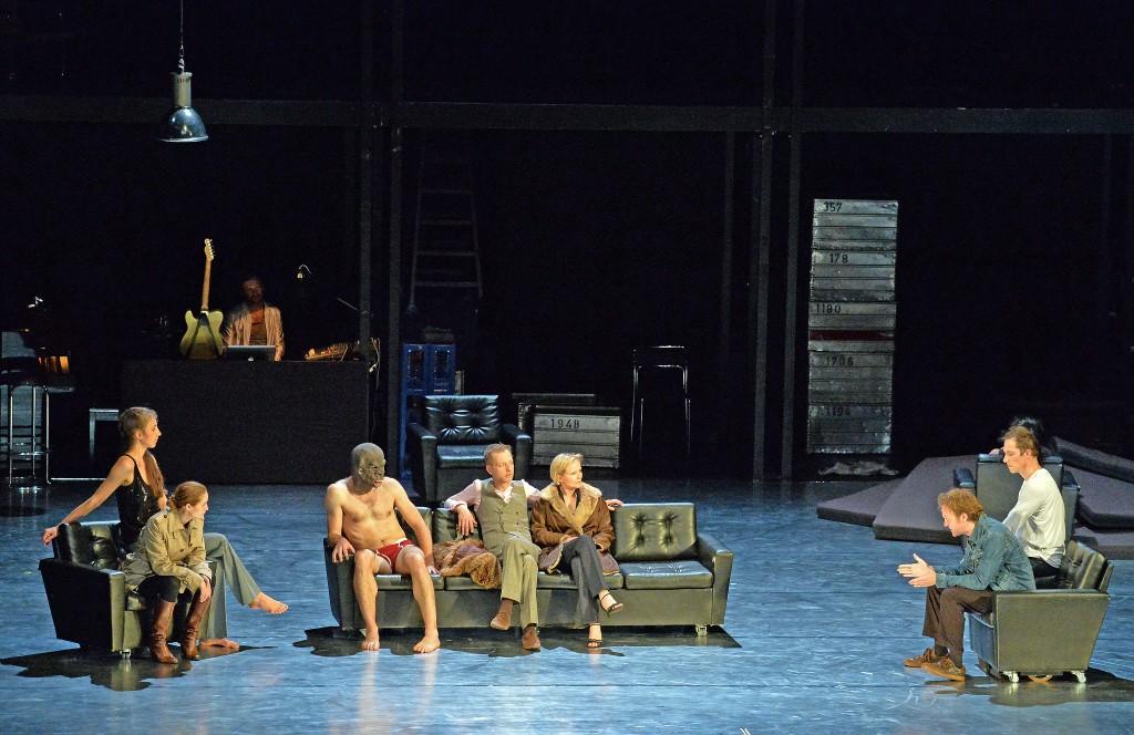 第26屆澳門藝術節《信任》柏林列寧廣場劇院(德國)(相片由澳門文化局提供)