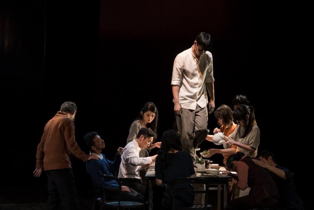 第十屆華文戲劇節―《離家不遠》 (相片由台灣動見体劇團提供 / 攝影│陳冠宇 )