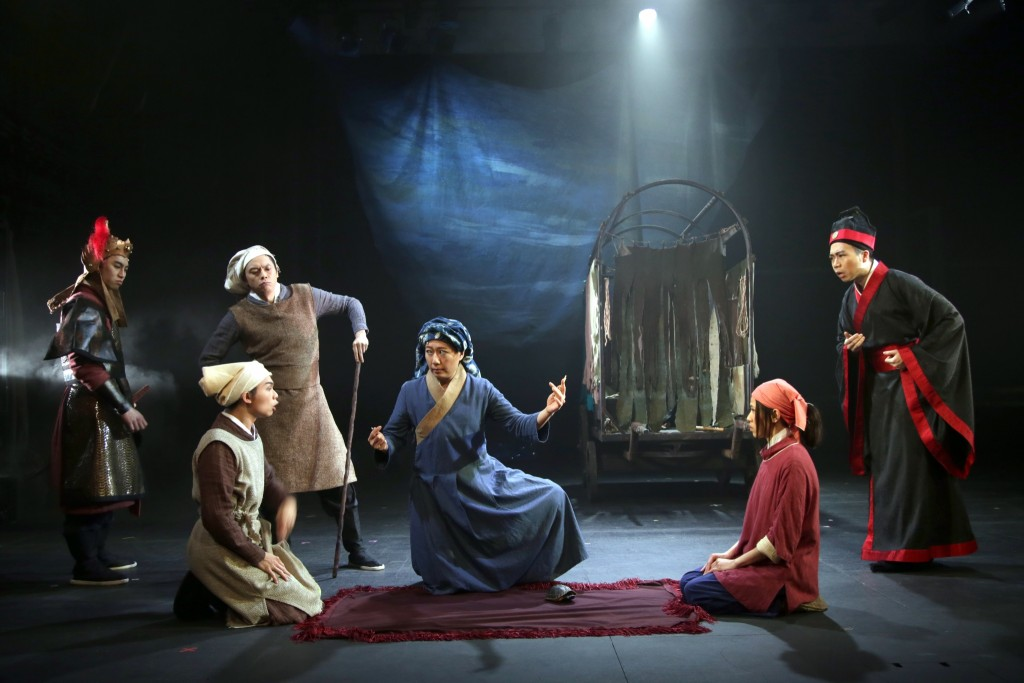 第十屆華文戲劇節―《老娘企硬》 (相片由7A班戲劇組提供 / 攝影│Benny Luey )